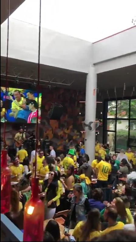 Torcida se reuniu no Pátio SP no último domingo para ver jogo do Brasil.png