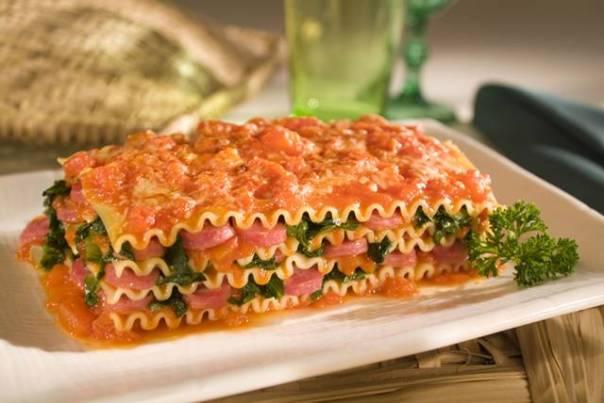 Lasanha Adria de Linguiça e Tomate