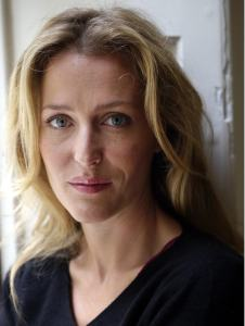 gillian-anderson-recording-artists-and-groups-photo-u21