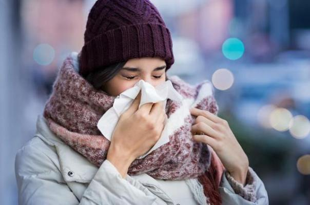 mulher gripe inverno