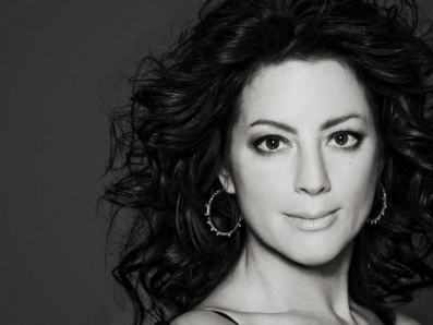 sarah-mclachlan-recording-artists-and-groups-photo-u9