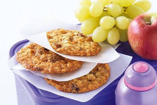 biscoitos frutas taste