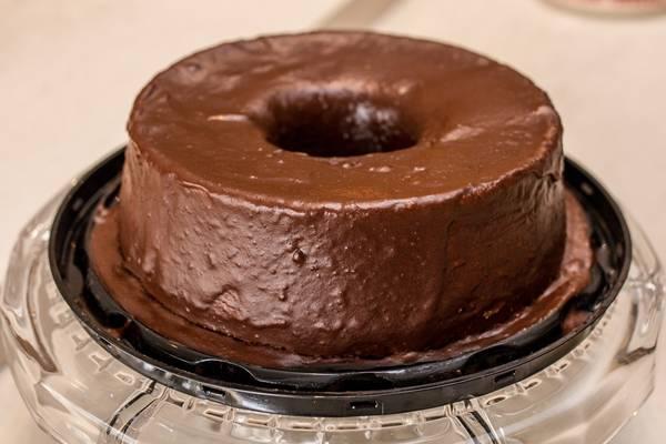 bolo de chocolate cobertura biomassa2.jpg