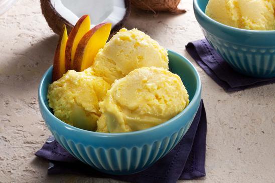 sorvete de manga com coco.png