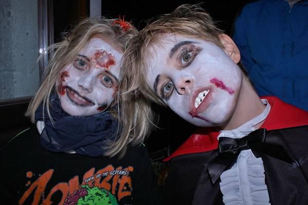 halloween crianças make pixabay.jpg