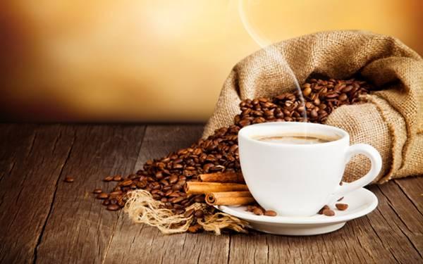 cafe canela xicara