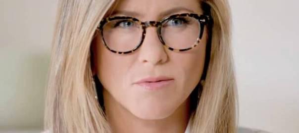 a75c090a47443 Dicas de maquiagem para quem usa óculos de grau