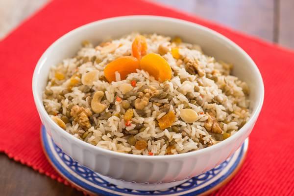 arroz com lentilha e frutas secas.jpg