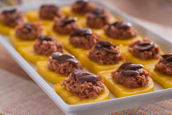 brusqueta de polenta.jpg