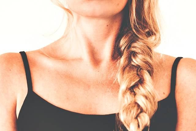 cabelo mulher tranca pixabay