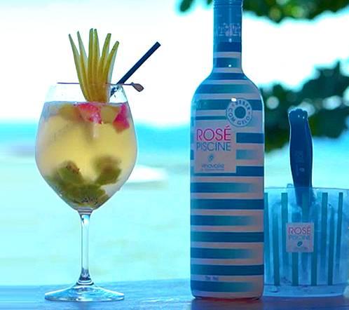 rose-banner-drink