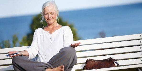 mindfulness- mulher meia idade