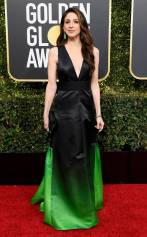 rs_634x1024-190106152557-634-2019-golden-globes-red-carpet-fashions-marin-hinkle-gettyimages-1078332832