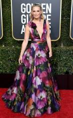 rs_634x1024-190106155933-634-2019-golden-globes-red-carpet-fashions-molly-sims-gettyimages-1078334622