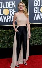 rs_634x1024-190106164734-634-2019-golden-globes-red-carpet-fashions-julia-roberts-gettyimages-1078337696