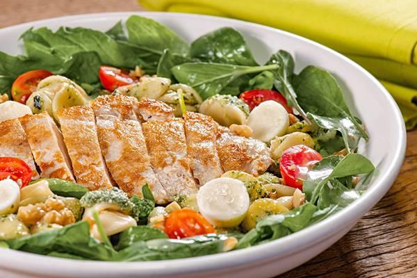 chicken_pesto_salad_jpeg