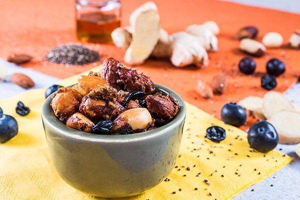 mix-de-castanhas-com-gengibre-caramelizados.jpg