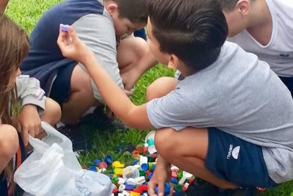 crianças reciclagem.png