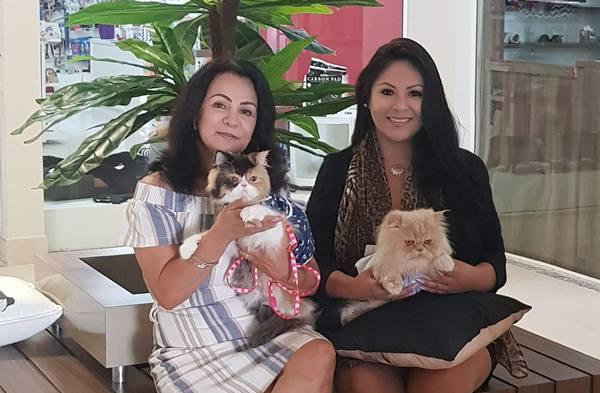 Rozane Tune (E) e Patrícia Roman Foto Priscila Theodoro