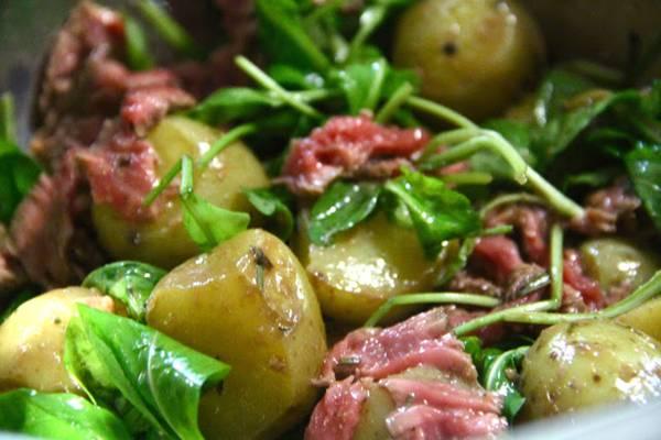 salada de rucula e batatas.jpg
