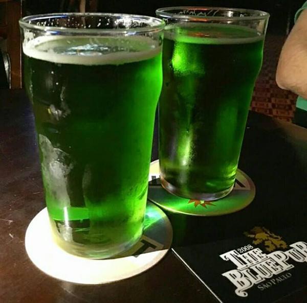 the pub cerveja verde
