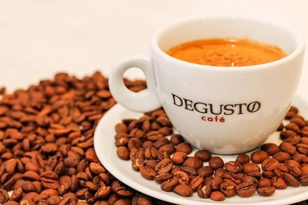 degusto café.jpg