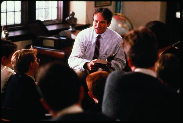 Dead-Poets-Society-John-Keating-Robin-Williams-1-696x469
