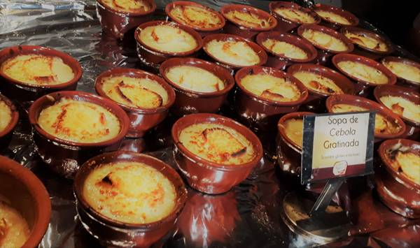Sopa de Cebola Gratinada (Credito Foto - Zeka Videira)1338