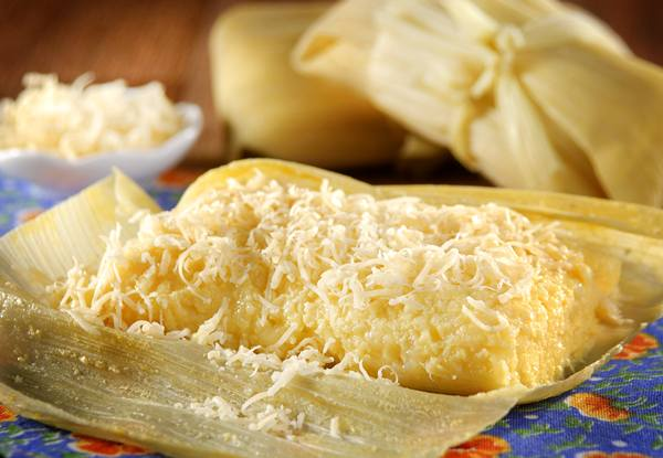 pamonha com queijo.jpg