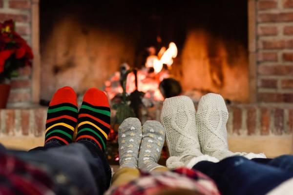 pés frio lareira