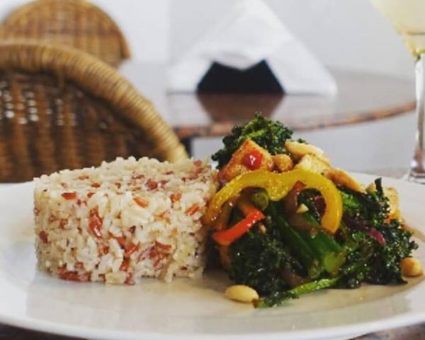 Tofu grelhado à moda Hanoi no Bistro do Paço.jpeg