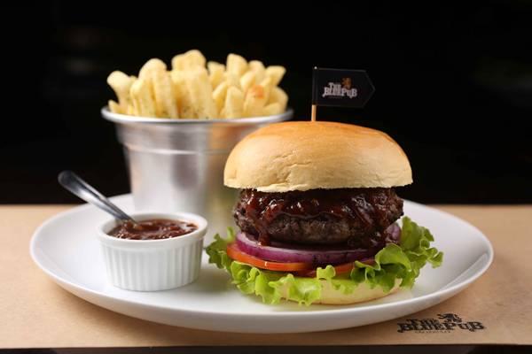chefs burger.jpg
