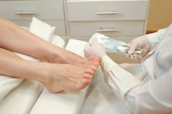 Doctor-Feet.jpg