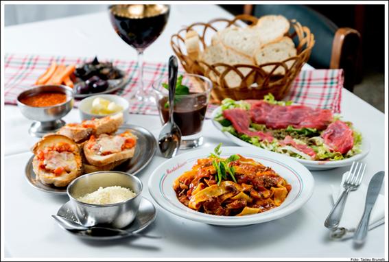 menu-notte-montechiaro.png