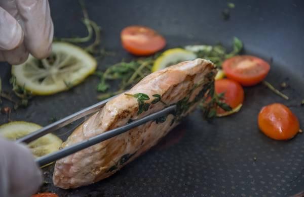 peixe cozinhando pixabay