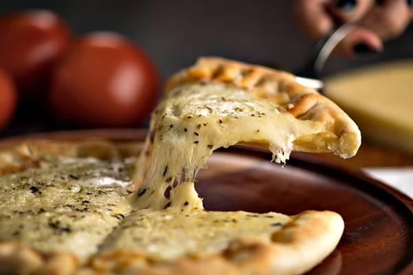 viena pizza.jpg