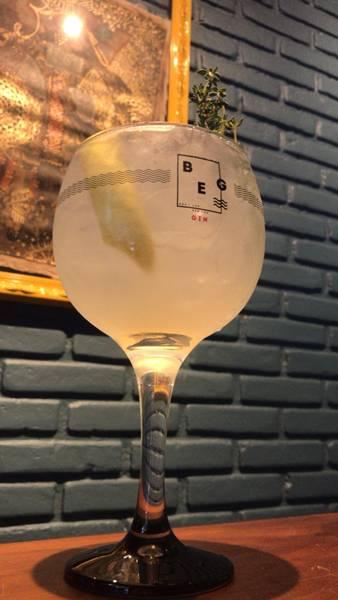 gin honey.jpg