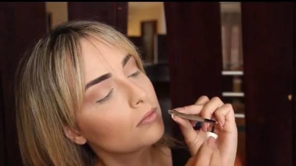 maquiadora delineador caseiro