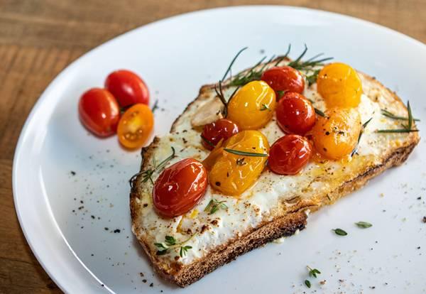 toast-tomates