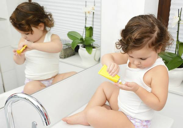cosmeticos_infantis criança.jpg