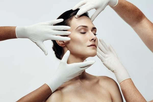 mulher rosto face tratamento.jpg