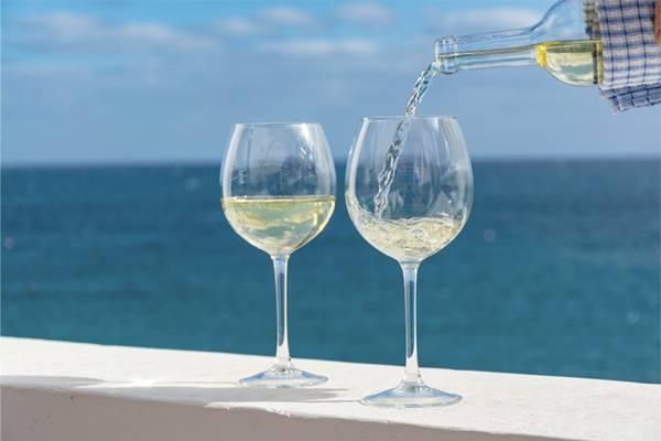 vinho branco prais.jpg