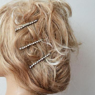 cabelos com enfeites weddbock