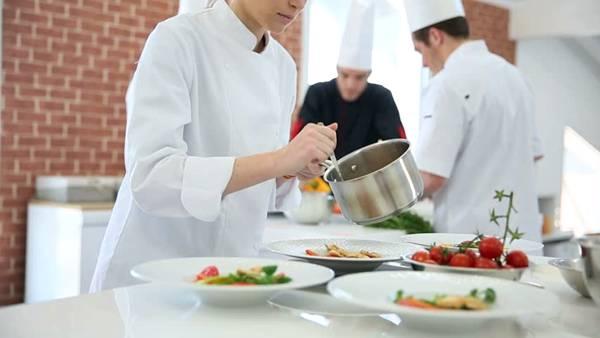 gastronomia curso cozinha aula shutterstock