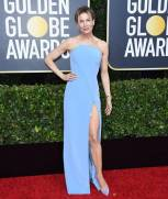 golden-globes-red-carpet renee zellwegger - getty images