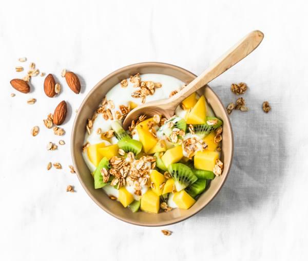 Bowl de iogurte e frutas