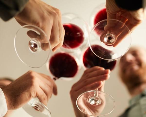 brinde vinho