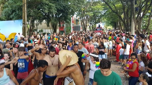 desfile-carnaval-holambra-2019--63-