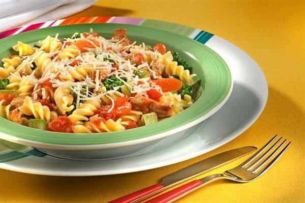 Parafuso-Nutritivo-com-Frango-e-Legumes