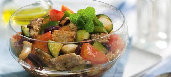 salada-grega-com-sardinha-desktop
